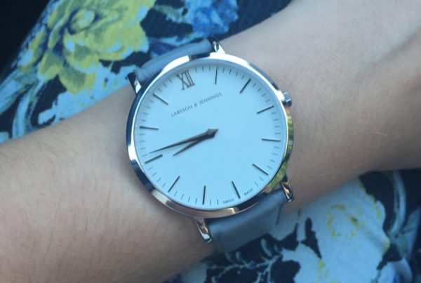 Larsen Jennings watch grey review fashion blogger